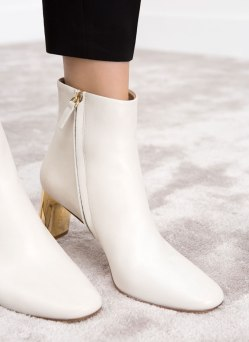 boots Uterque 2